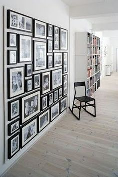 50 ideas for wall photos frames hang pictures Family Wall Decor, Photo Wall Decor, Gallery Wall Frames, Frames On Wall, Photo Frame Walls, Photo Walls, Memory Wand, Black Photo Frames, Black Frames