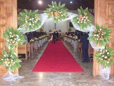 ~ Pin by wendy atkins on wedding ideas Church Pew Wedding Decorations, Wedding Church Aisle, Church Wedding Flowers, Altar Decorations, Wedding Wreaths, Wedding Stage, Large Flower Arrangements, Floral Wedding, Social