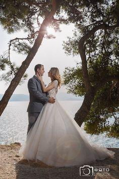 wedding photography Wedding Photography, Wedding Dresses, Day, Fashion, Wedding Shot, Moda, Bridal Dresses, Alon Livne Wedding Dresses, Fashion Styles