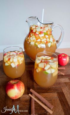 Apple Pie Sangria With Table Wine Apple Cider Club Soda Caramel Vodka Honey Crisp Apples Pears Fall Recipes, Apple Recipes, Holiday Recipes, Fall Punch Recipes, Thanksgiving Drinks, Holiday Drinks, Thanksgiving Appetizers, Thanksgiving Prayer, Thanksgiving Outfit