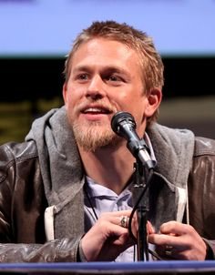 charlie hunnam pictures - Google Search
