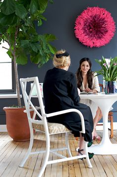 Love all of this. Sara and Fati brainstorm in the Deux Lux headquarters... We love Fati's bow!