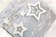 Witajcie :)   Moje dzisiejsze kartki świąteczne to przykład użycia nowych agateriowych masek z papierami z kolekcji Magic Dreams .          ...