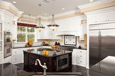 Bild von weißen Küche