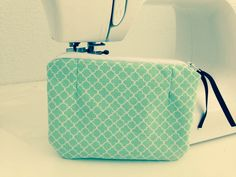 Make up bag Artsy Fartsy, Make Up, Bag, Crafts, Manualidades, Makeup, Beauty Makeup, Handmade Crafts, Craft