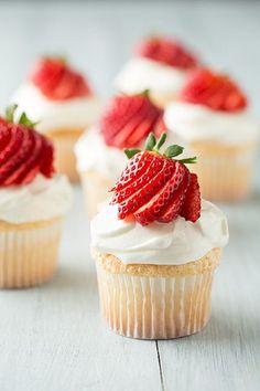 10 Light Fruit Cupcakes | Crazy Food Blog