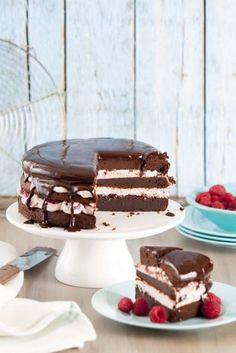 Guilty Pleasure chocoladetaart uit Vrouw http://www.ah.nl/kookschrift/recept?id=571442