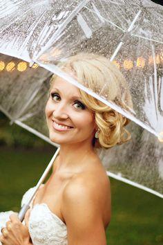 rainy day wedding*umbrella pictures*Dirt Road Photography