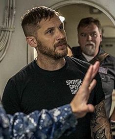 Tom Hardy Beard, Tom Hardy Actor, Hot Beards, Thing 1, Tom Daley, My Tom, Hair And Beard Styles, Michael Fassbender, Attractive Men