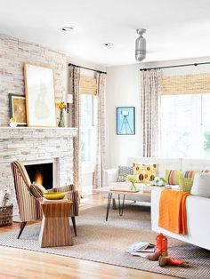 Decorating a living room has never been easier with inspiration from these gorgeous spaces. Discover living room color ideas and smart living room decor tips that will make your space beautiful and livable. Living Room Colors, Living Room Designs, Living Room Decor, Living Spaces, Living Rooms, Estilo Interior, Fireplace Design, Fireplace Ideas, Brick Fireplace
