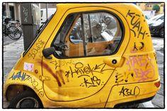 Giallo pugno buggie ||||| Yellow Punch Buggie