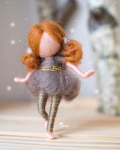 #alchristmasgift#uniquegift#madeinslovenia#waldorf#waldorfsty Wool Dolls, Felt Dolls, Fairy Crafts, Doll Crafts, Felt Angel, Felted Wool Crafts, Felt Fairy, Fairy Figurines, Noel Christmas