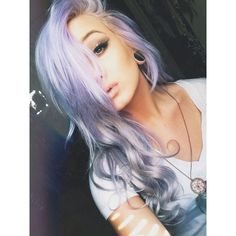 scene girl Gourgous ❤ liked on Polyvore featuring hair, girls, faces and people