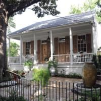 Creole Cottage Goes Grand - New Orleans Magazine - October 2013 - New Orleans, LA, ecruantiques.com