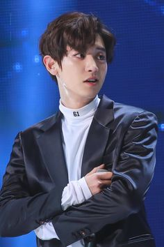 Chanyeol - 161101 SBS Power FM 20th Anniversary Concert Credit: Time Machine. (SBS 파워FM 20주년 콘서트)