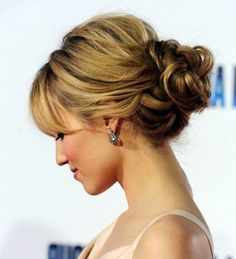 Ideas Wedding Hairstyles With Bangs Full Fringe Bridesmaid Hair Medium Length Hair With Bangs, Medium Thin Hair, Up Dos For Medium Hair, Medium Hair Styles, Short Hair Styles, Medium Long, Wedding Bun Hairstyles, Short Hair Updo, Hairstyles With Bangs