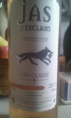 der Nachzügler-Rose zur Weinrunde am 6.6.2012 - ein sehr typischer Vertreter: fruchtbetont, mittlere Säure, schöner Terassenwein (mit 13 5% Alk. allerdings nicht ganz ungefährlich an warmen Sommerabenden!)