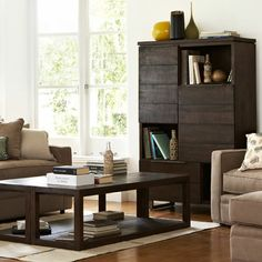 Freedom Metropole cabinet and coffee table