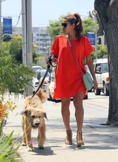 Rock a Comfy Chic Shift Dress Like Eva Mendes