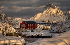 Hytta, Vestvågøy Norway