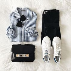 Casual look for spring : striped shirt + denim + Stan Smith + small bag and sunglasses <3