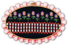 Cerquita con flores caladas con cinta, ideal para toallas con guardas caladas
