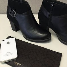 Clarks Booties Black Clarks Style: Pause Cheer In Size 8 Medium. These were tried on for about 5 minutes. Box is a little beat up but shoes are perfect except for slight wrinkle from being tried on.  Thank you for looking  Clarks Shoes Ankle Boots & Booties