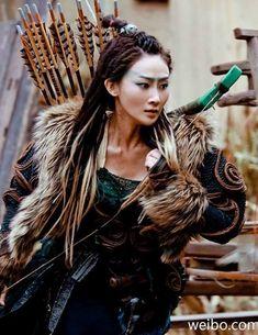 c0537748acde83a5b4ac39debd995157--dragon-blade-fantasy-women.jpg (493×639)