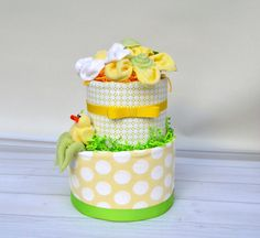 Hey, I found this really awesome Etsy listing at https://www.etsy.com/listing/254898145/duck-diaper-cake-frog-diaper-cake-yellow