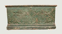 Important American Pilgrim Century Blanket Chest, Dated 1677 -- Lot 323 -- May 4, 2013 Maryland Auction -- Crocker Farm, Inc.