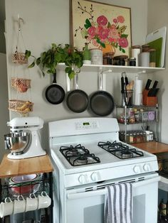 Kitchen Styling, Kitchen Decor, Aesthetic Room Decor, Dream Apartment, Home And Deco, Dream Rooms, House Rooms, Home Kitchens, Cottage Style Kitchens