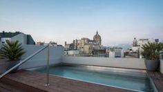 Solarium and Pool - 4 Star Hotel Midmost Barcelona Center