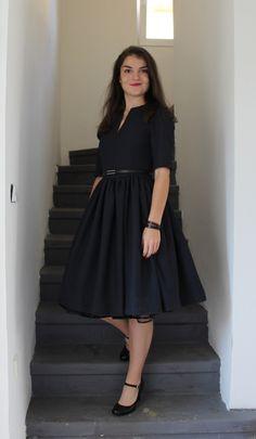 f02840053bbf Modro-černé podzimní 50 s style šaty   Zboží prodejce toczna
