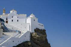 Skopelos! - This church is in the center of town Skopelos.It is near the port. Follow me i you like my work!