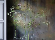 studio and art of French large scale flower artist Claire Basler
