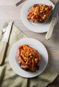 Recipe: Sweet Potatoes with Chickpea Tomato Sauce