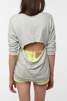 Open-Back Sweatshirt, perhaps I can make it myself?