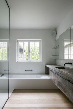 Large Bathrooms, Bathroom Design Small, Bathroom Interior Design, Bathroom Inspo, Bathroom Inspiration, Master Bathroom, Tadelakt, Natural Interior, Master Bedroom Design
