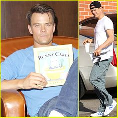 "Josh Duhamel shows off his copy of Rosemary Wells' ""Bunny Cakes"" at Barnes & Noble bookstore at The Grove on Saturday (October 18, 2014) in Los Angeles."