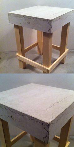 BETON/HOUT KRUKJE (helaas door te snel drogen meerdere scheuren in het beton!) heeft opzich ook wel wat.