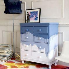 Relooker les tiroirs d 39 un vieux meuble de chambre avec du - Vieux meuble a retaper ...