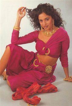 Madhuri Indian Actress Hot Pics, Bollywood Actress Hot Photos, Beautiful Bollywood Actress, Most Beautiful Indian Actress, Beautiful Actresses, Hot Actresses, Vintage Bollywood, Indian Bollywood, Bollywood Fashion
