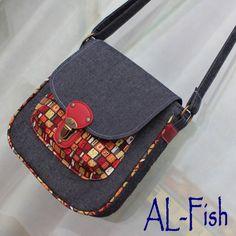 Sewing Bags Tutorial Kids New Ideas Patchwork Bags, Quilted Bag, Ankara Bags, Diy Bags Purses, Back Bag, Diy Handbag, Denim Bag, Fabric Bags, Kids Bags