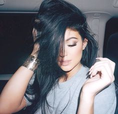 Kylie Jenner is wearing $40,000 on her wrist and I can't afford a bagel