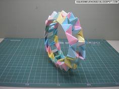 Origami - Bolas e Anel (Balls & Ring) PHiZZ (Pentágono-Hexágono e Zig-Zag / Pentagon-Hexagon & Zig-Zag) - Thomas Hull (Tom) Instruções Origami, Origami Modular, Origami Ball, Origami Design, Origami Stars, Diy Fan, Origami Instructions, Paper Design, Decorative Boxes