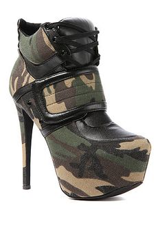Girls who love camo should clear some space in their closet for The Privileged Swag Shoe in Army.