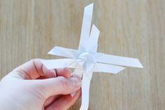 schöner Fröbelstern aus Papier selber falten