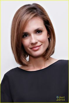 Love her short haircut! Torrey Devitto