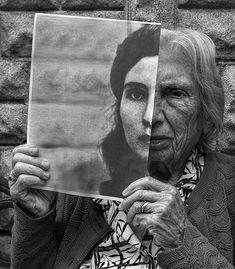 Tony Luciani Creates Rehabilitative Portraits of His Elderly Mother