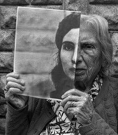 Tony Luciani Creates Rehabilitative Portraits of His Elderly Mother